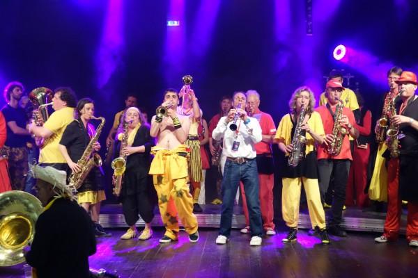 Les fanfares sur scène - Festival Les vents dominants, L'Hermitage, mai 2014