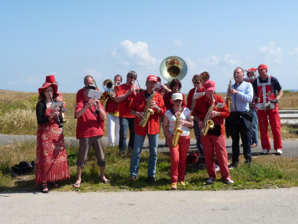Fanfare Prise de bec à Hoedic, juin 2013 - Photographie : Rosine Bernez