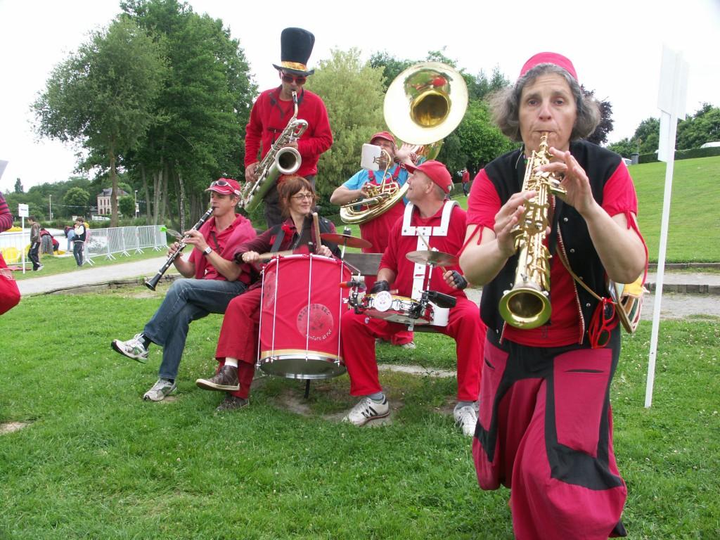 Fanfare Prise de bec à Bourgbarré, Juin 2013 -  - Photographie : Stéphane Langlois