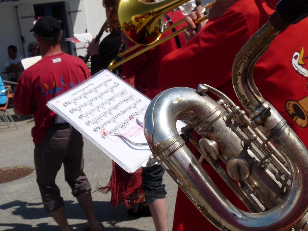 Fanfare Prise de bec à Hoedic, juin 2013 - Photographie Rosine Bernez